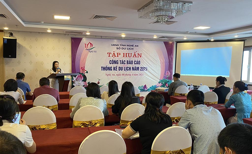 Trung tâm Thông tin du lịch hỗ trợ tập huấn về thống kê du lịch cho các doanh nghiệp kinh doanh cơ sở lưu trú tại Nghệ An