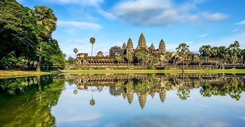 Nỗ lực chặn Covid-19, Campuchia đóng cửa quần thể đền Angkor