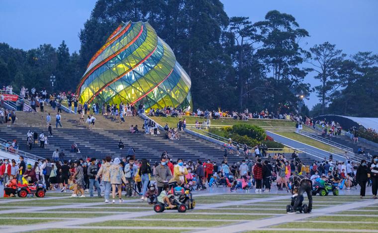 Lâm Đồng đón trên 150 ngàn lượt khách vui chơi an toàn dịp lễ