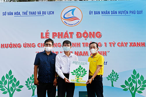 Bình Thuận: Phát động trồng 1.000 cây xanh trên huyện đảo Phú Quý