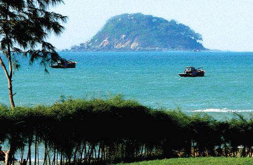 Bờ biển Bình Thuận: Dấu ấn lịch sử một bãi biển đẹp