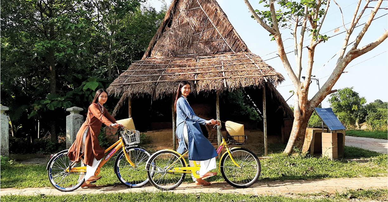 Đến làng cổ Phước Tích trải nghiệm du lịch thông minh