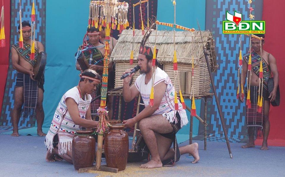Lễ mừng lúa mới của người K'ho