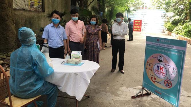 Hà Nội: Kiểm tra an toàn phòng, chống dịch tại các khách sạn ngoại thành