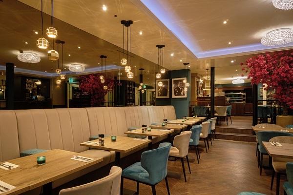 Hà Nội: Nhà hàng trong các điểm du lịch tạm dừng phục vụ khách tại chỗ