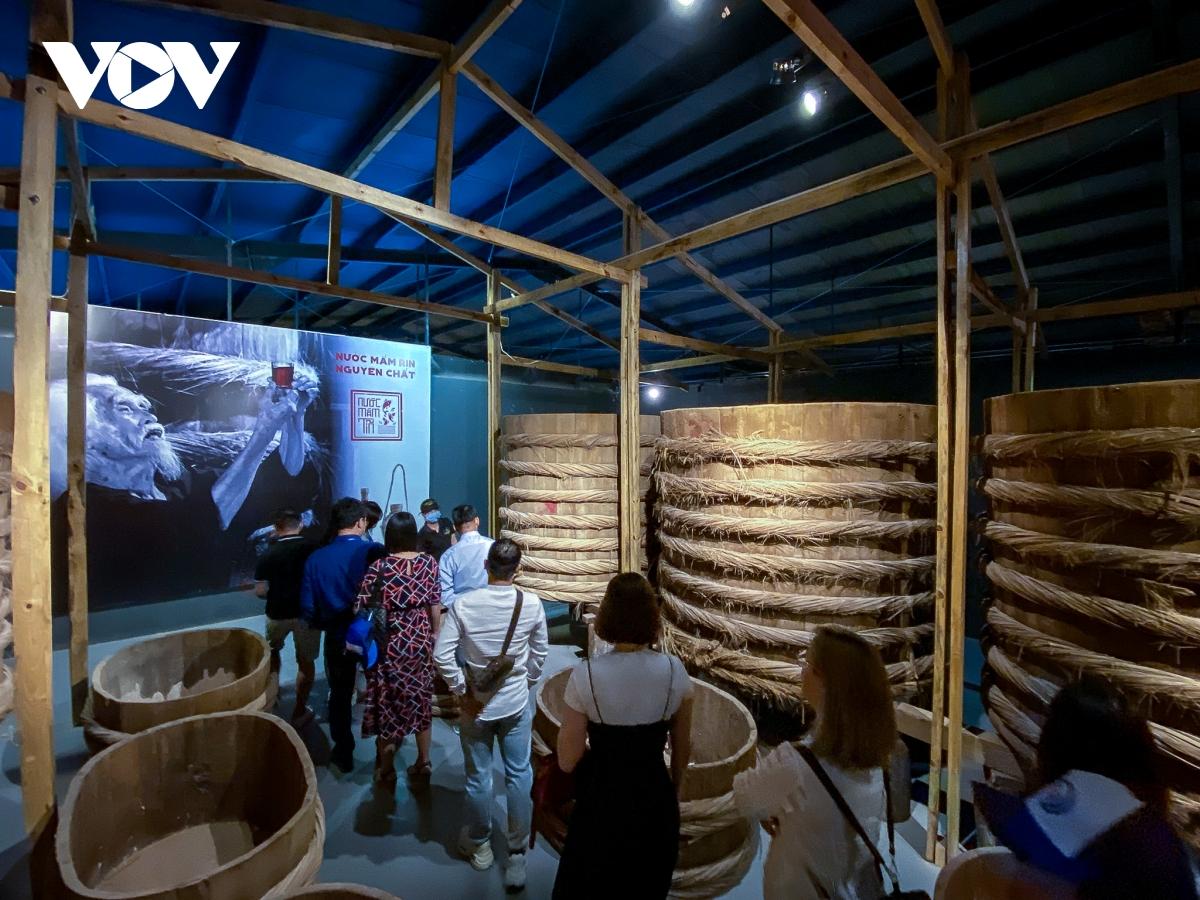 Bình Thuận: Đoàn khách tham quan không được quá 10 người