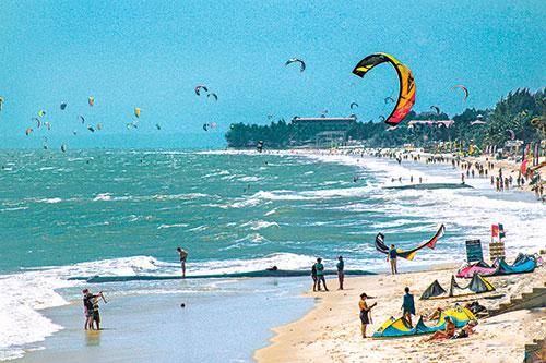 Bình Thuận nâng tầm vóc du lịch thể thao biển