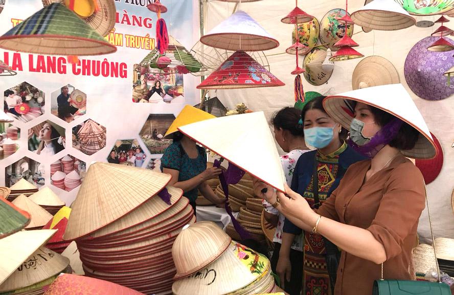 Hà Nội: Nhân rộng mô hình du lịch sinh thái, làng nghề