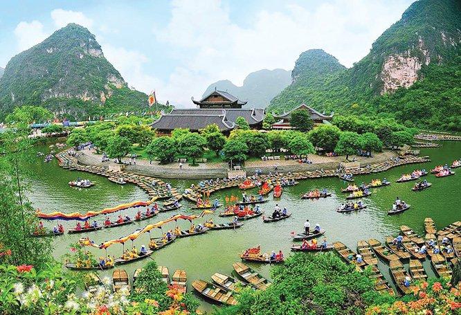Các địa phương đẩy mạnh bảo tồn, phát huy giá trị di sản phục vụ du lịch