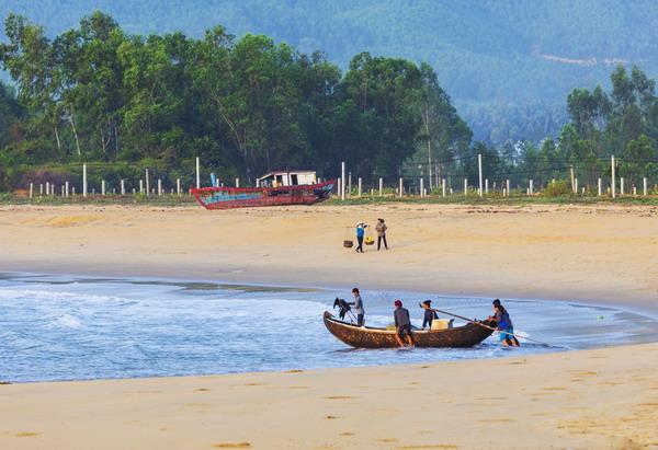Bình Định và những vùng biển mê đắm