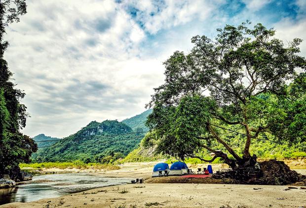 ''Camping'' - xu thế mới trong du lịch trải nghiệm ở Hà Giang
