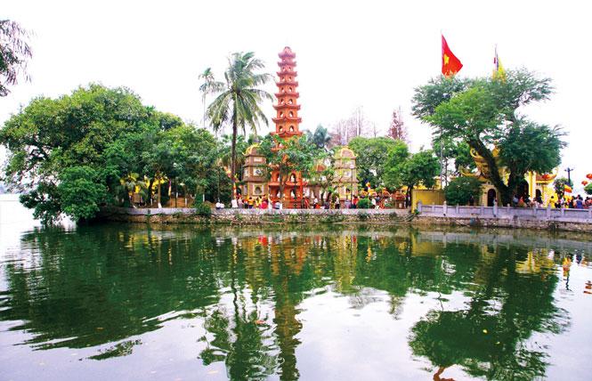 Hà Nội: Vùng văn hóa, vùng du lịch ''xanh'' Tây Hồ