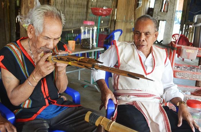 Kon Tum: Nặng lòng với âm nhạc truyền thống