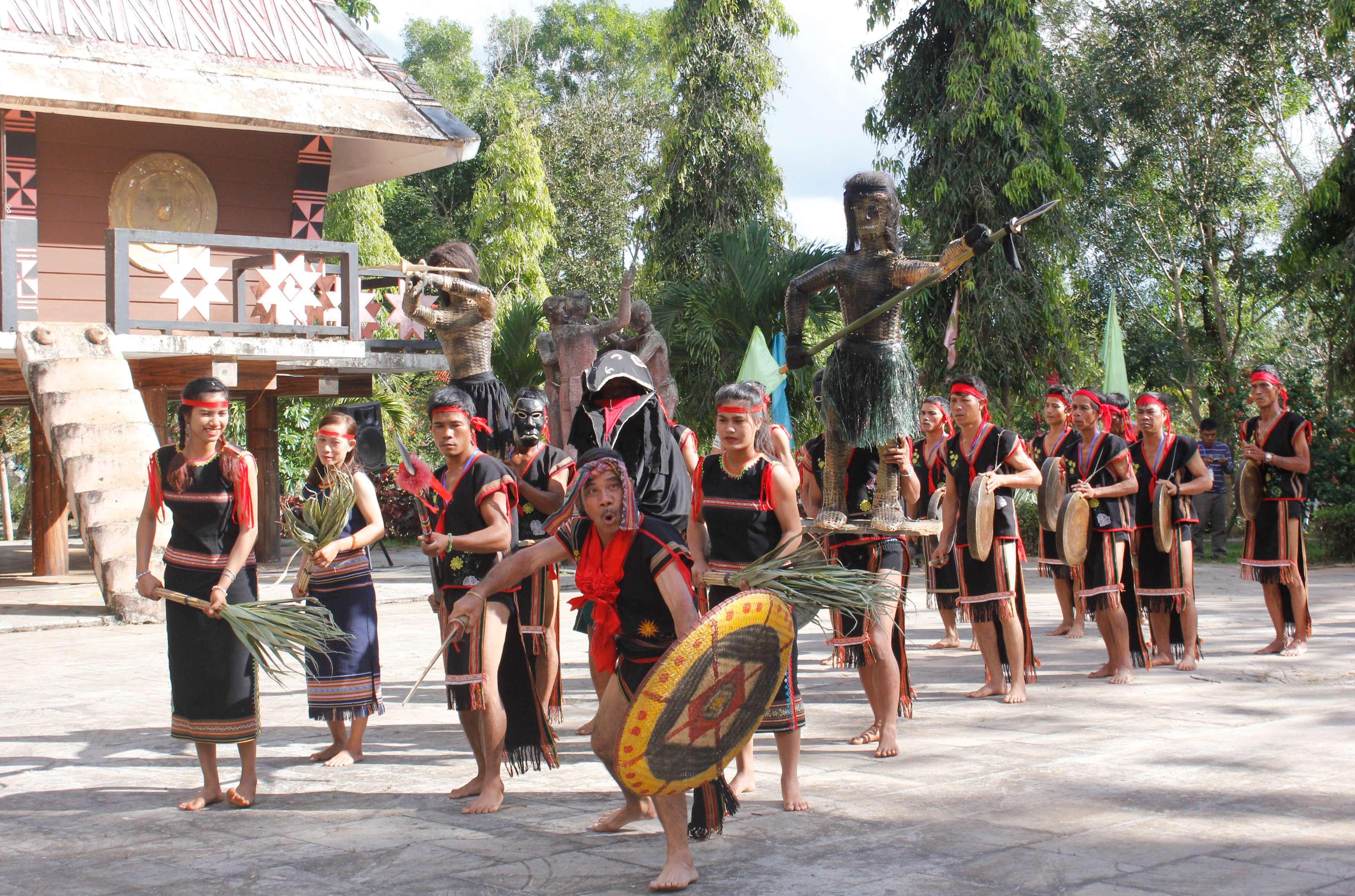 Kom Tum: Bảo tồn, phát huy bản sắc văn hóa các dân tộc thiểu số ở Sa Thầy