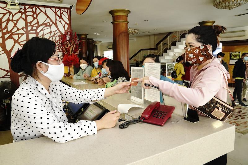 TP Hồ Chí Minh: Saigontourist Group phục vụ ăn, ở miễn phí cho đội ngũ y tế