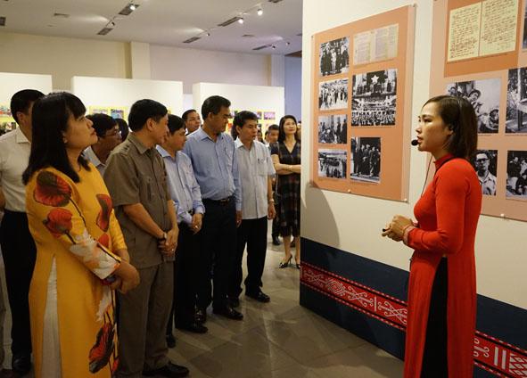Bảo tàng Đắk Lắk áp dụng công nghệ thực tế ảo trong các không gian trưng bày hiện vật