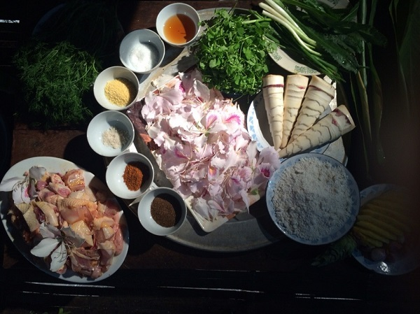 """""""Cáy man mọ"""" - món ăn đãi khách quý của đồng bào Thái Sơn La"""