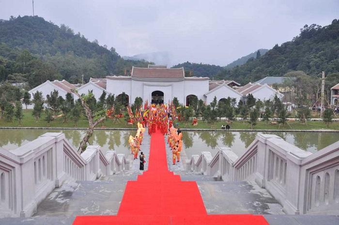 Quảng Ninh: Legacy dưới chân Yên Tử
