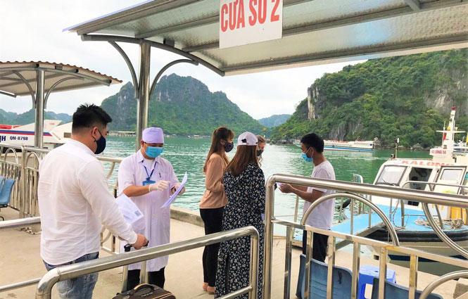 Du lịch Quảng Ninh khởi sắc trước bão dịch Covid-19