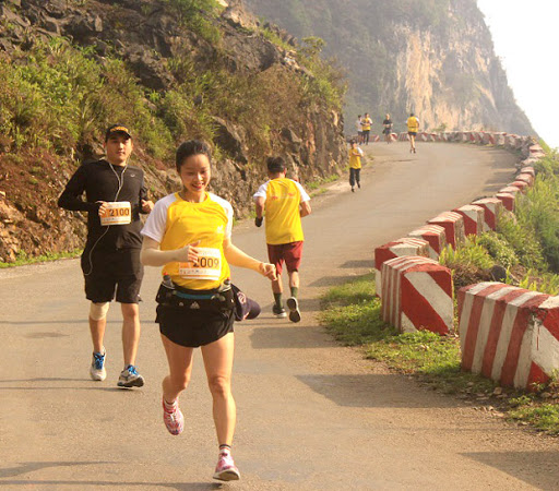 """Hà Giang tổ chức giải marathon quốc tế """"Chạy trên cung đường hạnh phúc"""" năm 2021"""