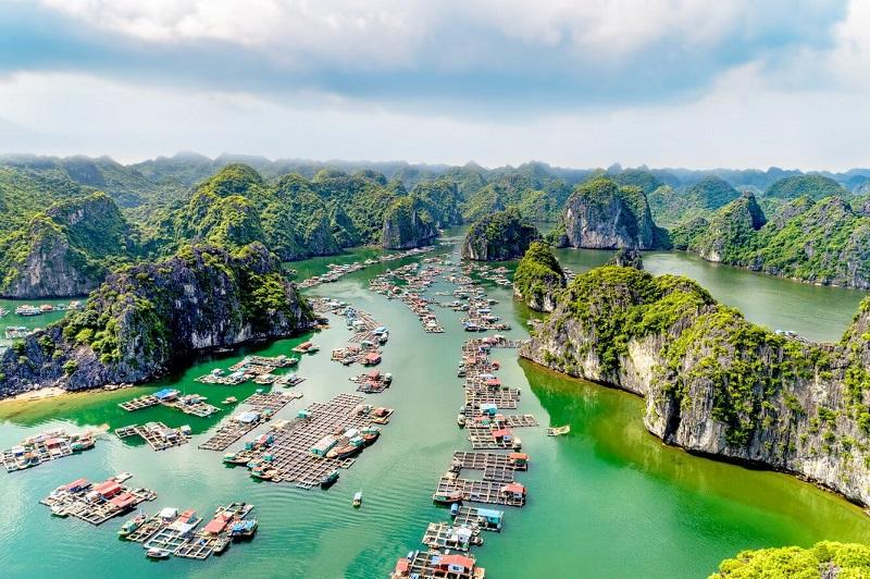Đến Vịnh Lan Hạ, đánh thức thiên đường bị bỏ quên