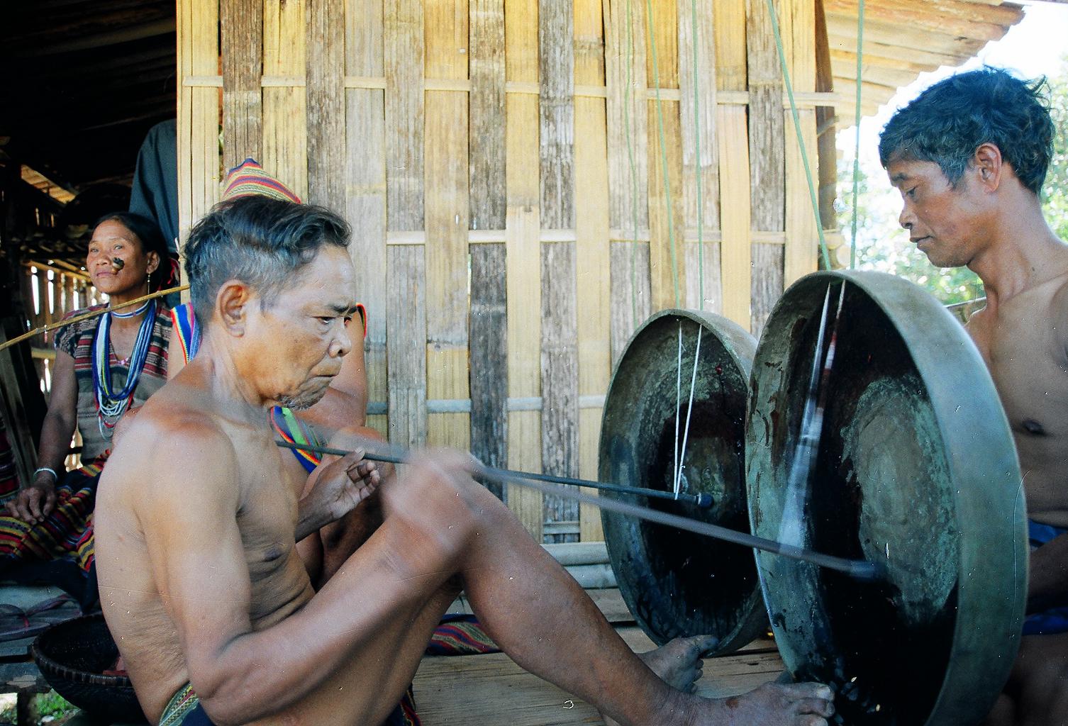 Đôi điều về văn hóa truyền thống Tây Nguyên