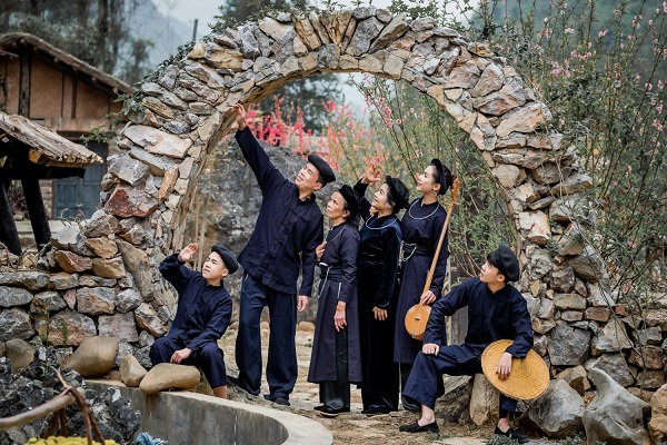 Những địa điểm cho thuê trang phục đẹp khi du lịch tại Cao Bằng