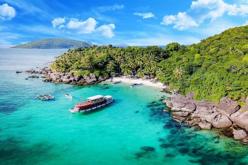 Kiên Giang lên kế hoạch tiêm chủng ở Phú Quốc, chuẩn bị cho thí điểm đón khách quốc tế