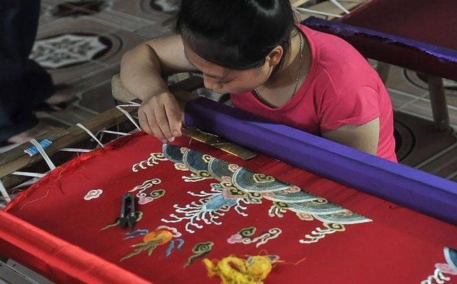 Hà Nội: Đông Cứu - làng nghề thêu độc đáo