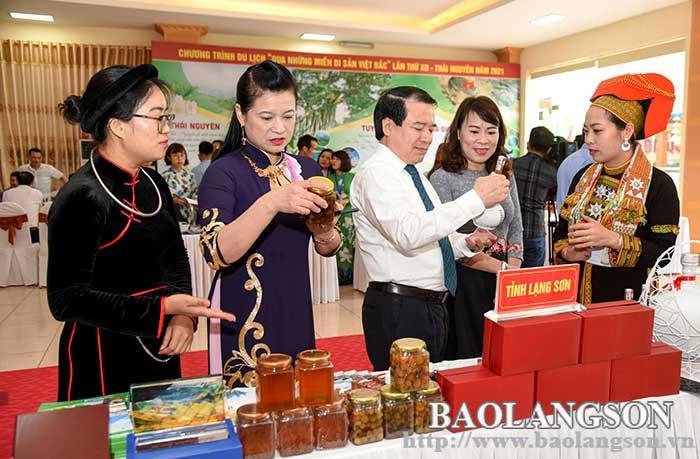 Phát triển sản phẩm lưu niệm gắn với quảng bá du lịch Xứ Lạng