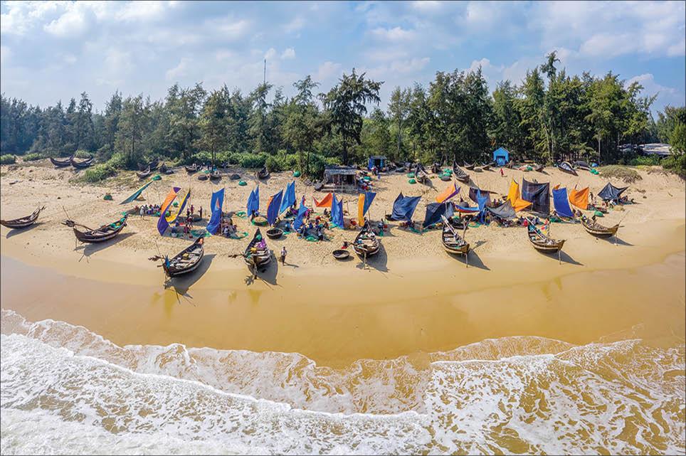 Thừa Thiên Huế: ''Trốn'' về với biển Vinh Thanh