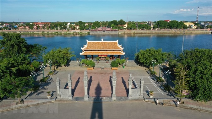 Tôn tạo kè bờ hồ Di tích quốc gia đặc biệt Thành cổ Quảng Trị
