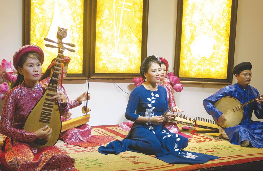 Thừa Thiên Huế: Gìn giữ vốn quý văn hóa dân gian