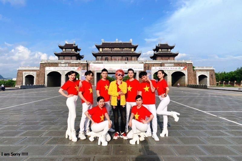 Ca sĩ, nhạc sĩ Hàn Quốc Joseph Kwon ra MV Vietnam