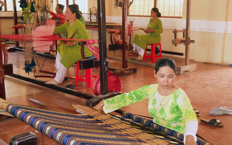 Ninh Thuận: Giữ bền nét tinh hoa - Kỳ 1: Bảo tồn các làng nghề cổ
