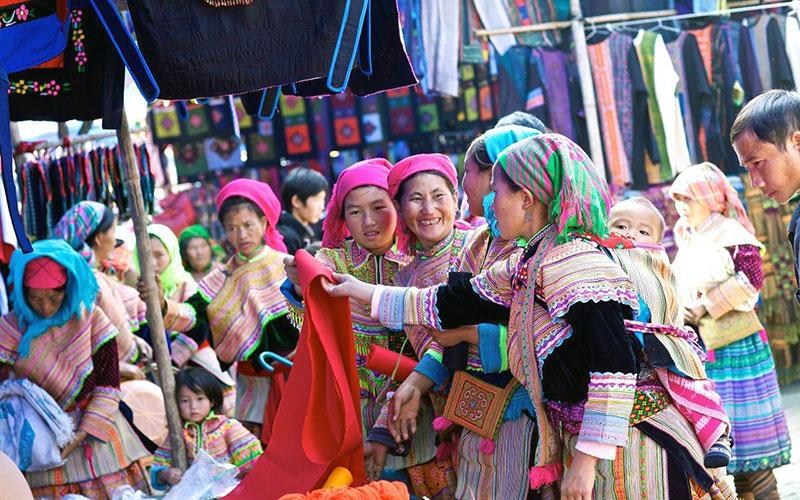 Lào Cai: Vui chợ Bắc Hà