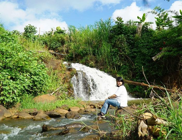 Gia Lai: Ngôi làng Jrai có 2 dòng thác
