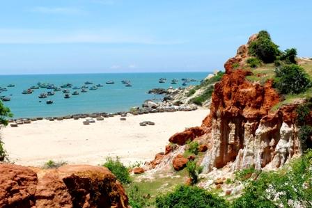 Bình Thuận: Gành Son đẹp đến say lòng