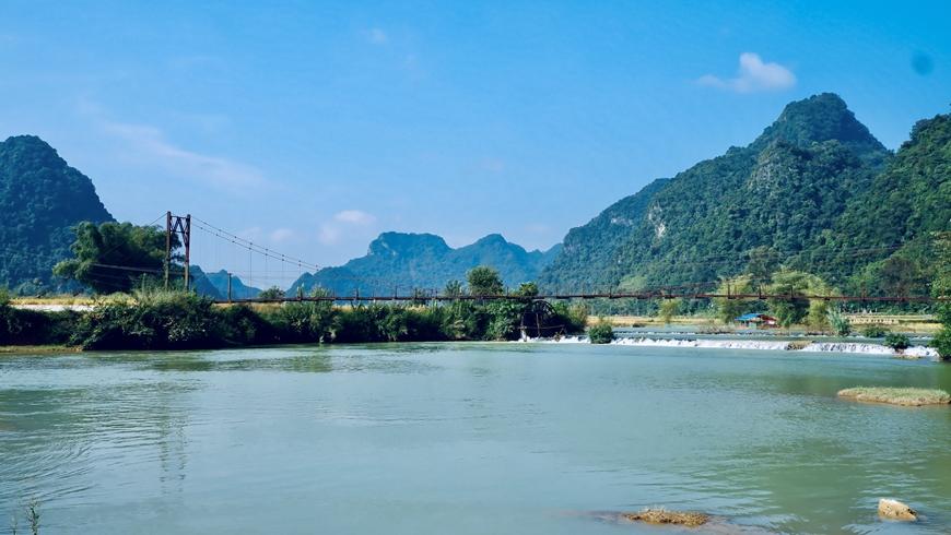 Ai về Trùng Khánh với tôi không?