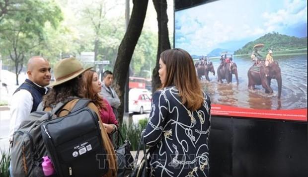 Triển lãm ảnh ''Việt Nam - Cuốn hút bất tận'' thu hút bạn bè quốc tế tại Mexico