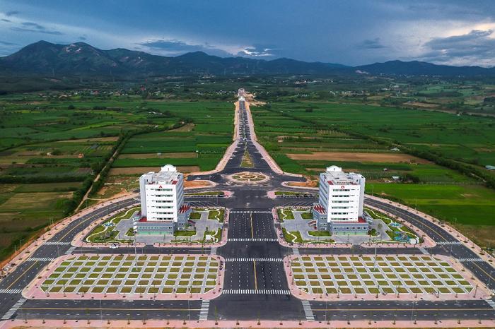 Núi Chư Hreng – điểm đến hấp dẫn giới trẻ Kon Tum