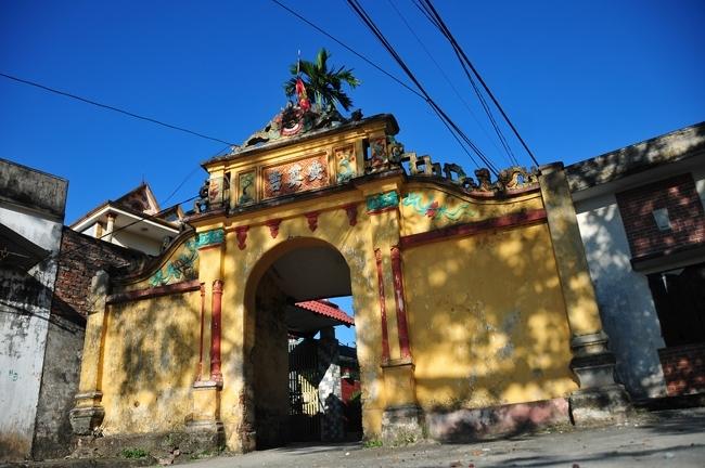 Cổng làng, lễ hội xưa