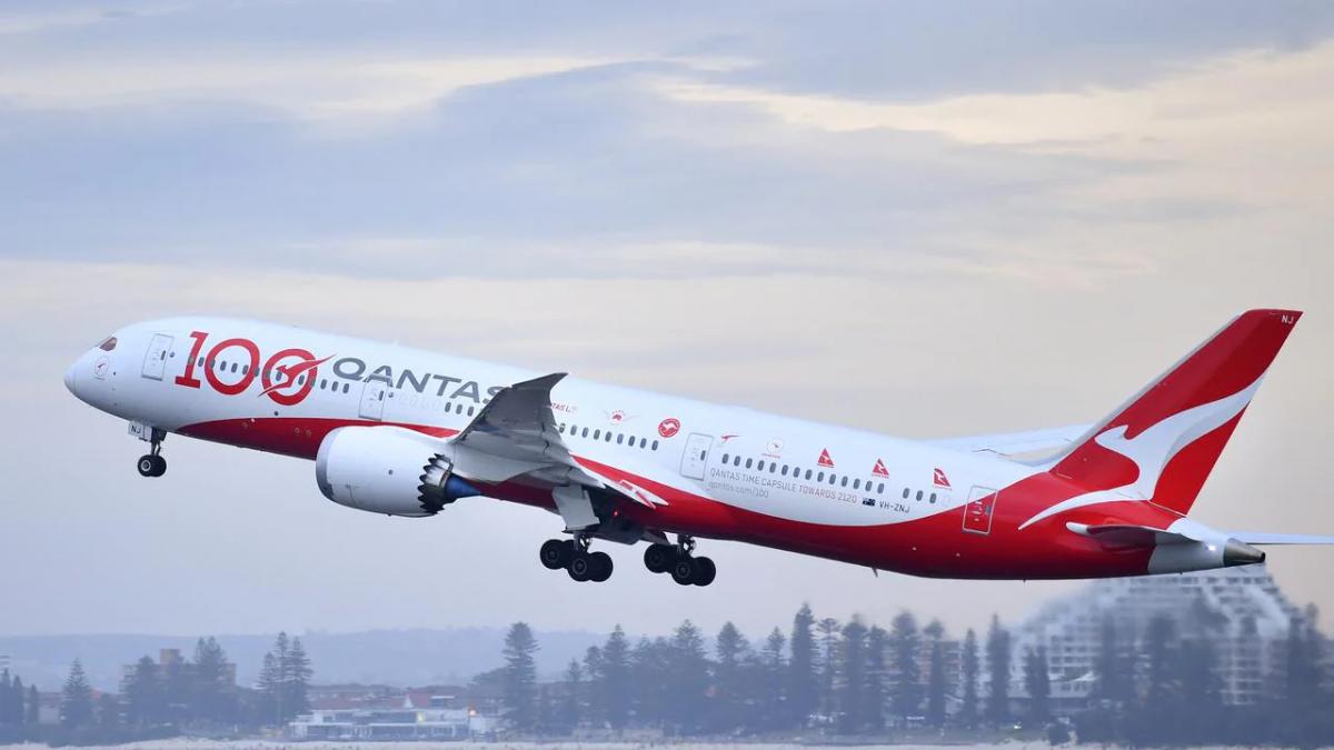 Hãng hàng không quốc gia Australia mở lại chuyến bay quốc tế từ tháng 12/2021