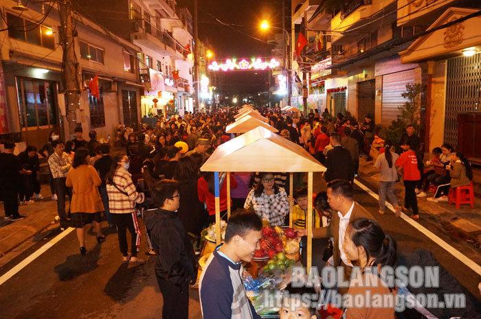 Công nhận Phố đi bộ Kỳ Lừa là điểm du lịch của tỉnh Lạng Sơn