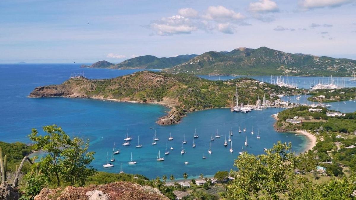 Hòn đảo chỉ đón khách du lịch giàu có