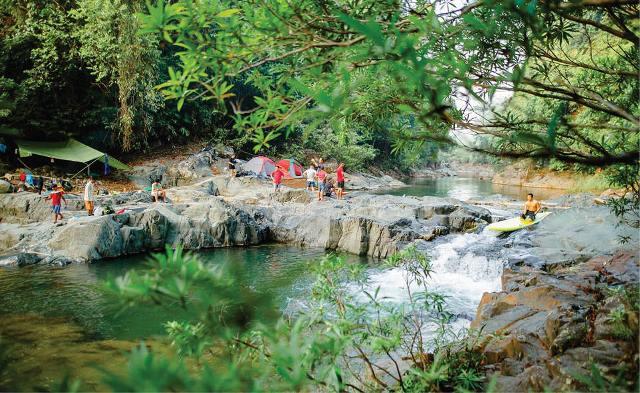 Thừa Thiên Huế: Lên vùng cao chèo sup