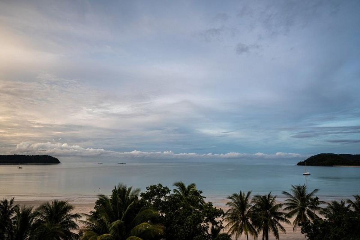 Malaysia học ''Phuket sandbox'' để mở cửa du lịch