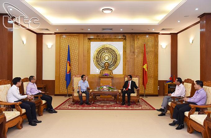 Tổng cục Du lịch làm việc với Đại sứ Việt Nam tại Campuchia