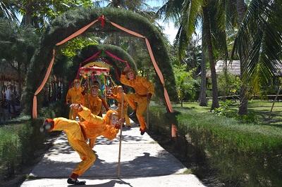 Lễ hội Hoa quả sơn tại Đảo Khỉ (Nha Trang)