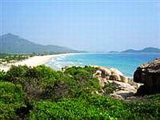 Ninh Thuận: phối hợp giữa văn hoá với du lịch sẽ là tiền đề cho sự phát triển
